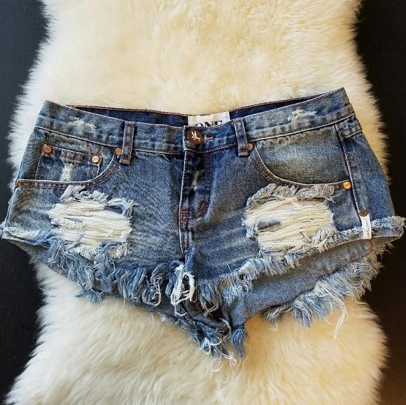 fa35f3d0af One Teaspoon Denim Shorts. Trashy Whores. Size 26.  M_5a9c4747331627318b714b44